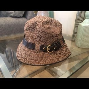 100% authentic coach khaki logo/leather hat NEW